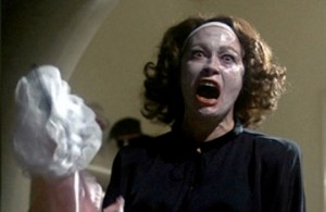 Mommie_Dearest-300x195